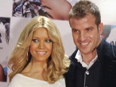 "FILES - Dutch football player Rafael Van der Vaart (R) and his wife Sylvie pose before a showcase of US singer Alicia Keys to present her new album 'The Element Of Freedom' at the Royal Theatre in Madrid on January 18, 2010. As German tabloid ""Bild"" announced on January 2, 2013, Rafael van der Vaart, midfielder at German first division Bundesliga club Hamburger SV, and his wife, Dutch model Sylvie van der Vaart, are about to split up.     AFP PHOTO/JAVIER SORIANO"