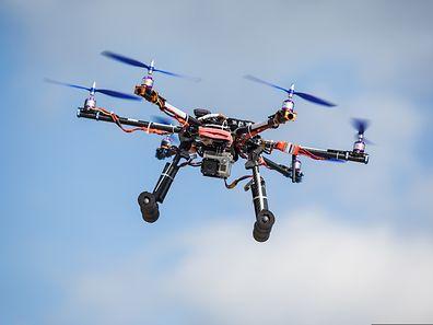 """Die Umweltschutzorganisation Greenpeace schlägt Alarm: """"Die ungeklärten Drohnenflüge sind eine ernsthafte Bedrohung für unsere Sicherheit."""""""