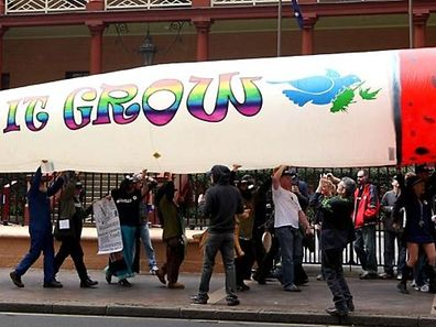 Giant joint banned from G20 meeting!