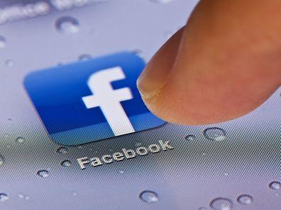 Le réseau social Facebook a annoncé jeudi avoir atteint pour la première fois en début de semaine le seuil d'un milliard d'utilisateurs sur la même journée.