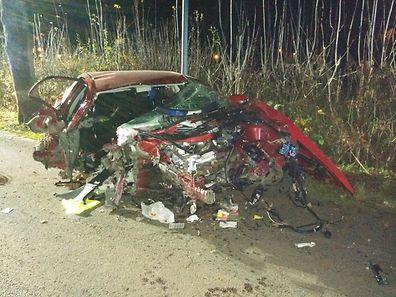 Das Auto war ein Totalschaden.