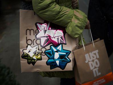 """Wenig besinnlich: """"Shop `til you drop"""" heißt die Devise am Thanksgiving-Abend."""