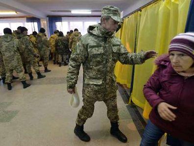 Le taux de participation était plus faible que d'habitude, un peu plus de 40% quatre heures avant la fermeture des bureaux de vote.