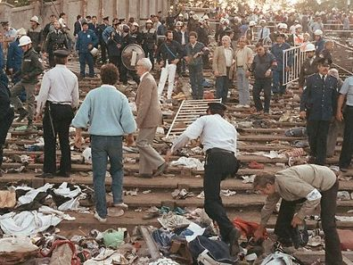 La tribune Z dévastée, 39 personnes y ont laissé la vie.