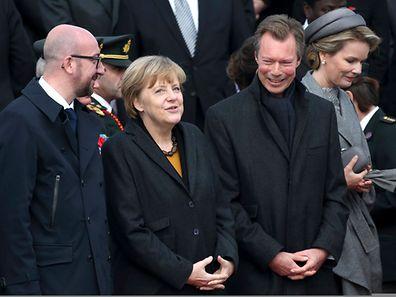 Belgiens Premierminister Charles Michel, Angela Merkel und Großherzog Henri im Gespräch.