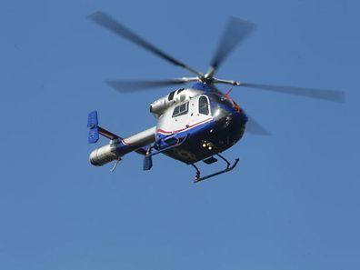 L'hélicoptère de la LAR a transporté un ouvrier de l'usine et le chauffeur-livreur aux urgences.