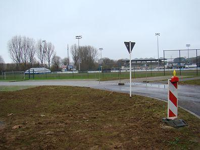 """«L'équipe A et les juniors (ainsi qu'éventuellement les scolaires) se produiront sur le site actuel du CS Pétange, moyennant quelques aménagements""""."""