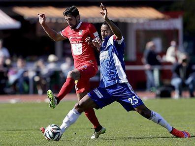 André Rodrigues (l.) und Differdingen empfangen gleich am ersten Spieltag auf Fola und Ronny Souto.