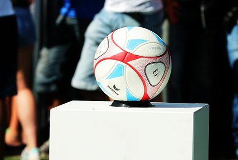 Reformwünsche im Fußball : Gelbe Karten, Spielberichtsbogen, erste Lizenz