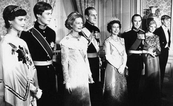 luxemburger wort 1976 die englische queen zu besuch in luxemburg. Black Bedroom Furniture Sets. Home Design Ideas