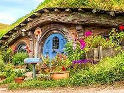 Pas d'attractions à sensations fortes au programme mais un parc pour ceux qui souhaitent se reposer dans un cadre idyllique et fantastique: Hobbitbourg.