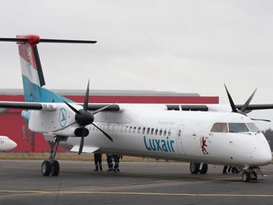 A panel broke off the Bombardier Q400 during take-off at Findel at around 7:15am