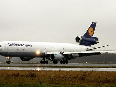 Die MD-11F der Lufthansa fliegt nach Sierra Leone.