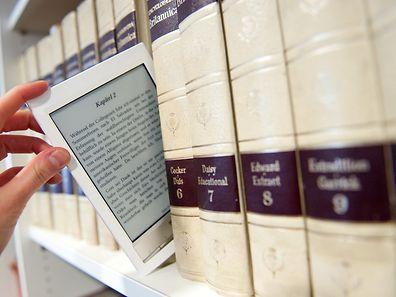 Luxemburg wendet zur Zeit bei digitalen Büchern den selben Steuersatz an, als jener, der für gedruckte Bücher gilt.