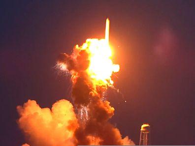 Nur einen kurzen Moment nach dem Start ging die Rakete in Flammen auf.