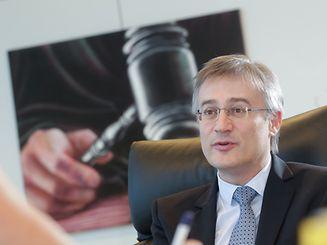 "Felix Braz kontert im Interview mit dem ""Luxemburger Wort"" die Kritik an seinem Deontologiekodex."