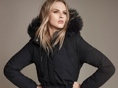 Schwarz ist eine angesagte Farbe in diesem Winter.