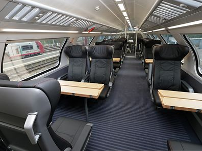 The interior of a first class KISS carriage, demonstrated by CFL