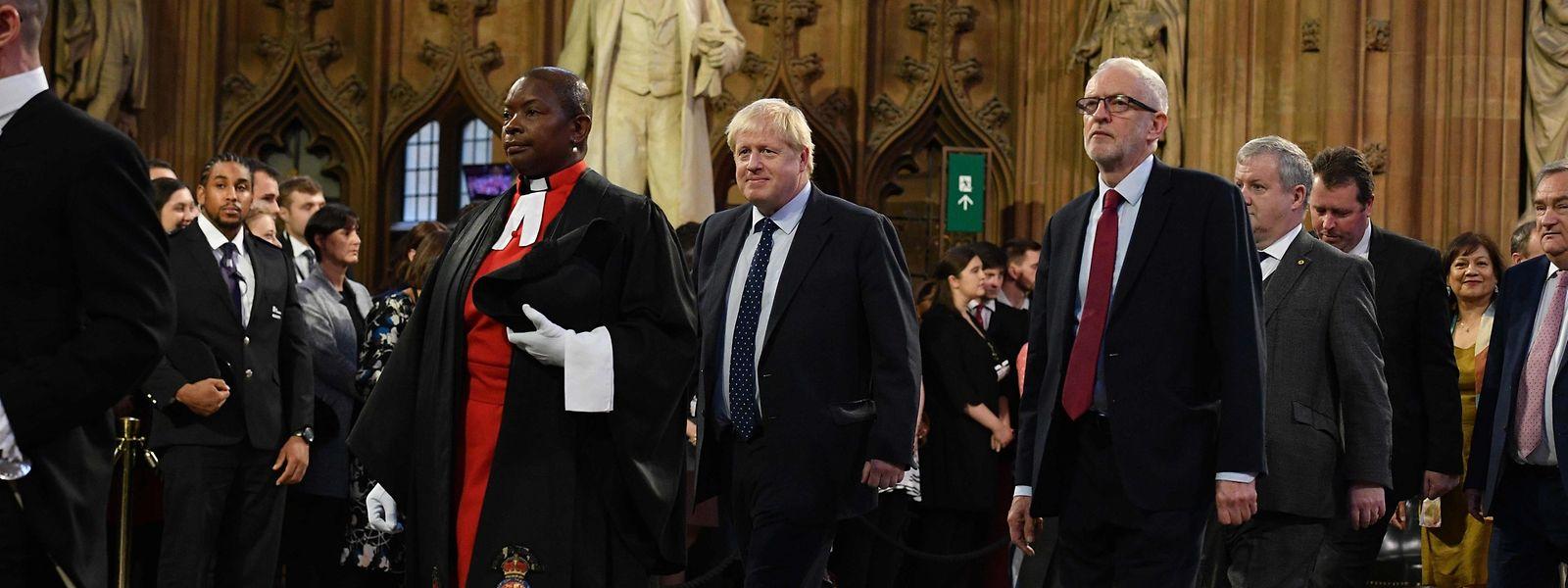 Boris Johnson, lors de la séance d'ouverture de la session parlementaire par la reine.