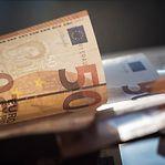 Há cada vez mais portugueses que pensam emigrar por causa da situação financeira