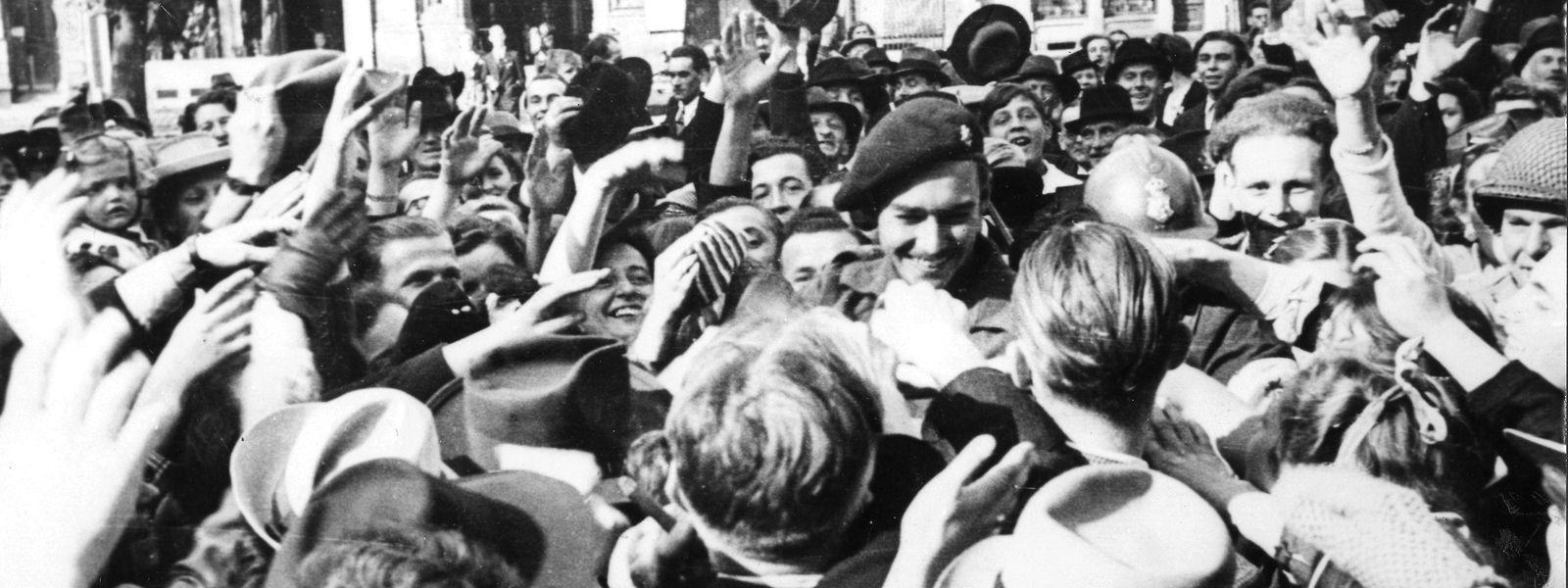 Prinz Jean wieder auf luxemburgischem Boden, 1944.
