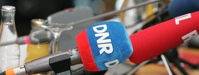 DNR est diffusé sur les fréquences 102,9, 104,2 et 107,7 MHz jusqu'à lundi à minuit