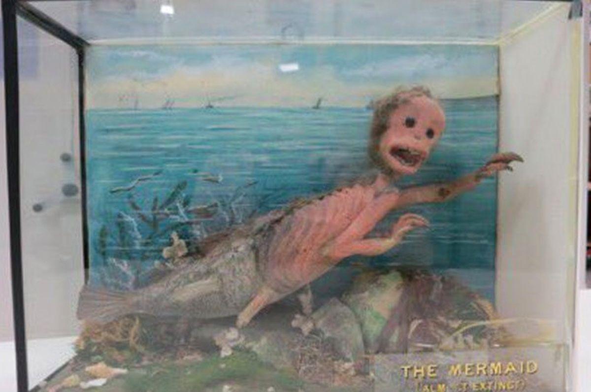 Eine furchterregende Meerjungfrau aus dem National Museums Scotland