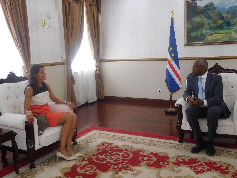 Angèle da Cruz foi recebida em audiência pelo Presidente da República interido de Cabo Verde, Jorge Santos, e pelo ministro dos Negócios Estrangeiros Luís Filipe Tavares
