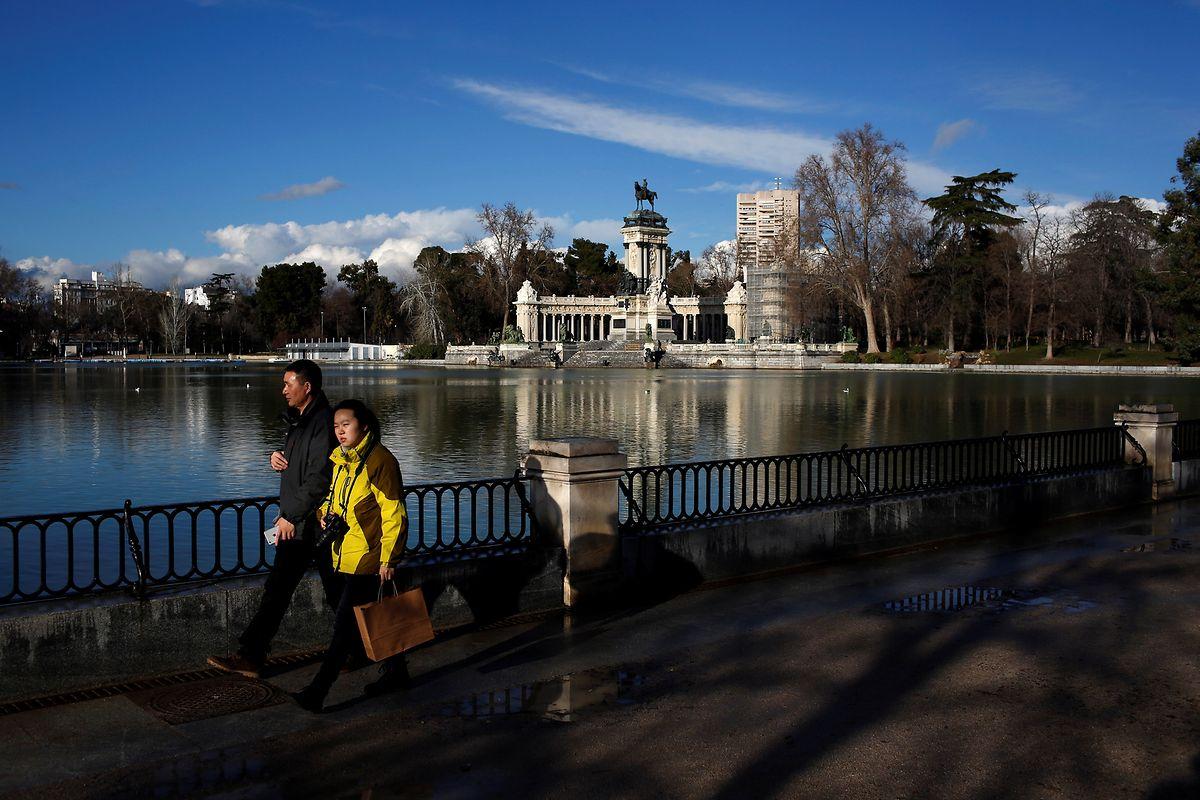 Spaziergang im Retiro-Park in Madrid.