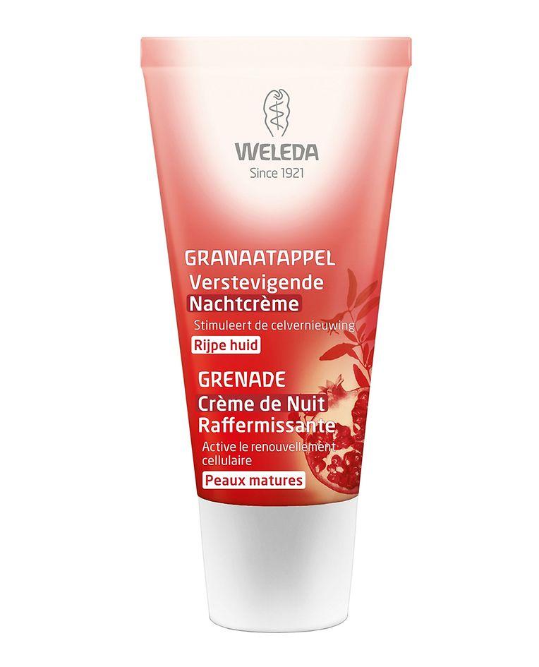 Versorgt die Haut in den dunklen Stunden mit wichtigen Pflegestoffen - reichhaltige Nachtcreme mit Granatapfel-Extrakten von Weleda (um 24 Euro).