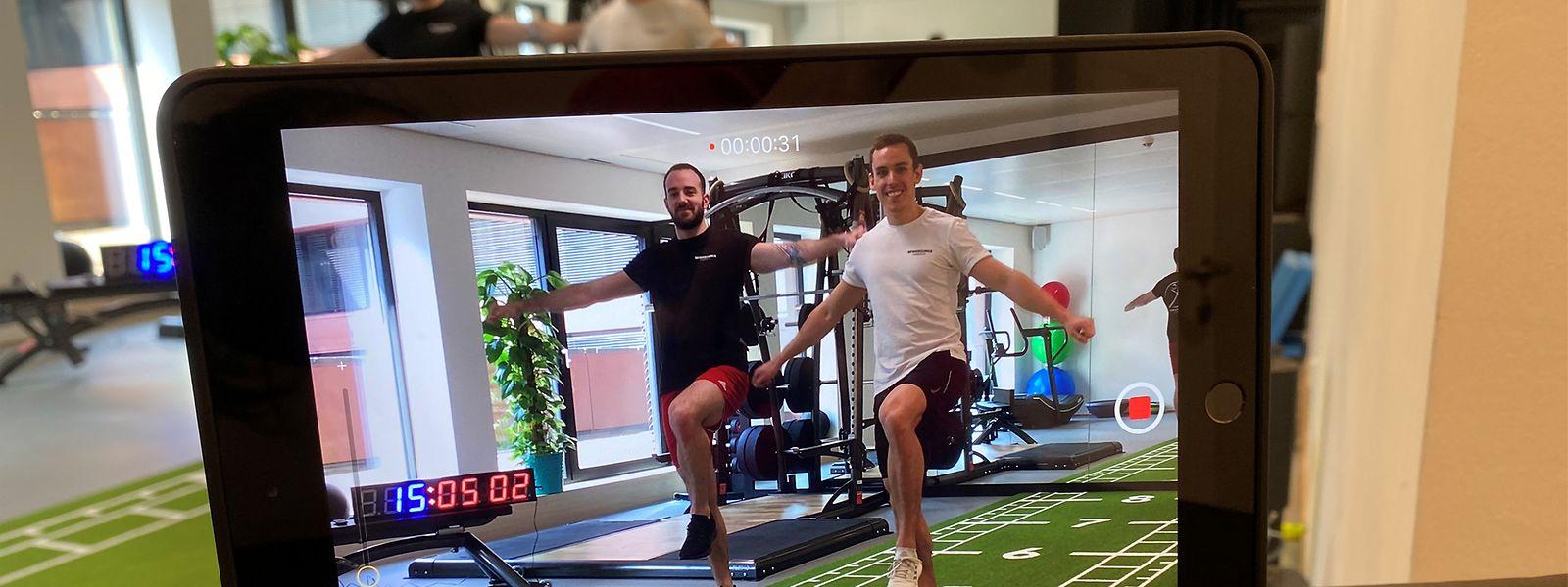 """Rick Horsmans (l.) und Pol Bidaine leiten die Physiotherapeuten-Praxis """"Beweegungsfabréck"""" in Belval. Während die Praxis wegen der Corona-Krise geschlossen ist, bieten sie gratis Online-Kurse an."""