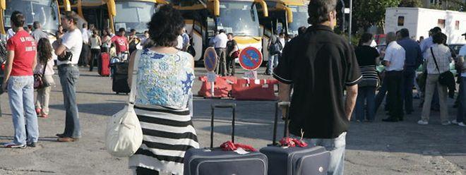 Milhares de portugueses preparam-se para fazer viagem rumo a Portugal