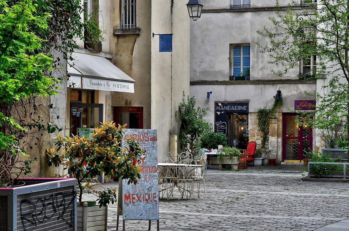 Das Village Saint-Paul im Pariser Marais-Viertel versprüht den typischen Charme der französischen Hauptstadt.