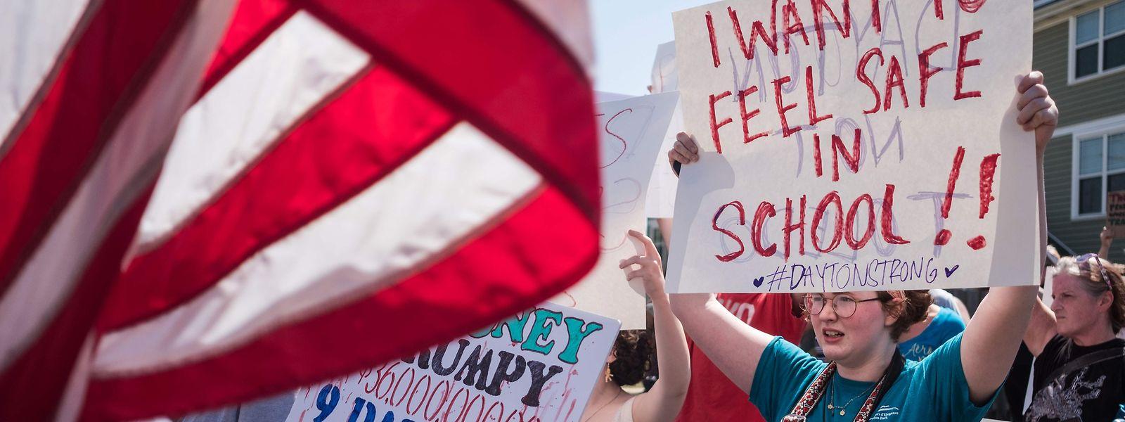 Die Menschen in Dayton gingen mit einer Mischung aus Protest und Trauer auf die Straßen.