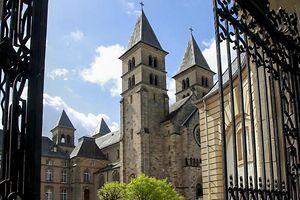 Der Echternacher Kirchenrat hat sich nach dem Eklat bei Erzbischof Jean-Claude Hollerich entschuldigt.