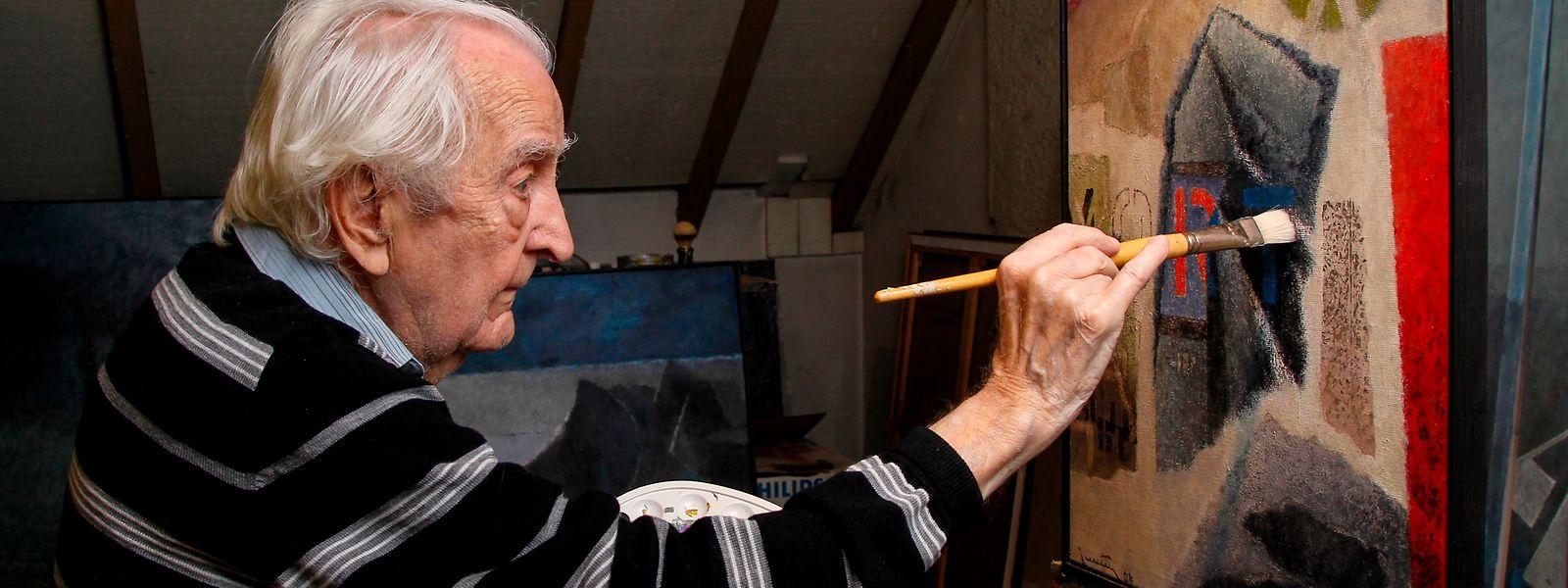 Auch mit 90 Jahren griff Jean-Pierre Junius noch regelmäßig zum Pinsel - erst 2013 legte er ihn definitiv aus der Hand.
