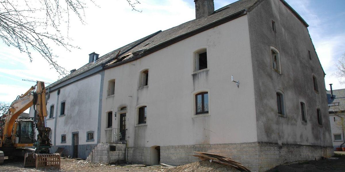 Am Standort der alten Bauernhäuser in Heinerscheid herrscht zurzeit Abrissstopp.