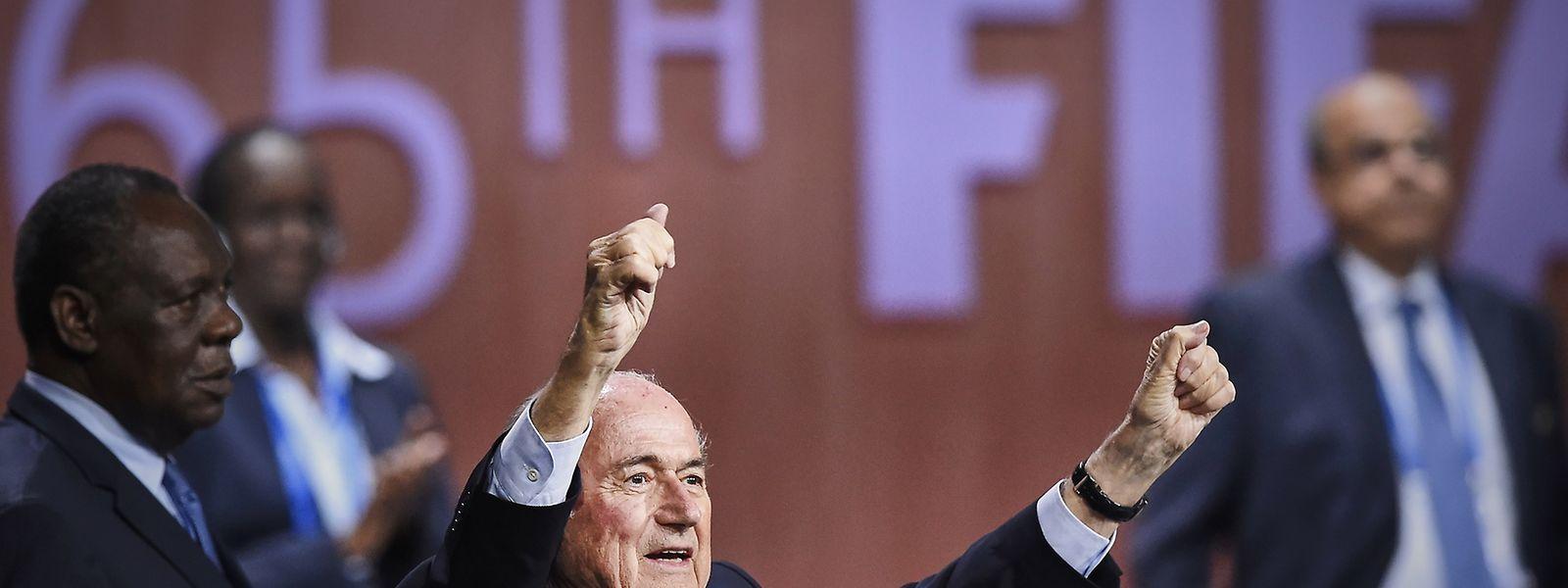 Blatterparte para um quinto mandato