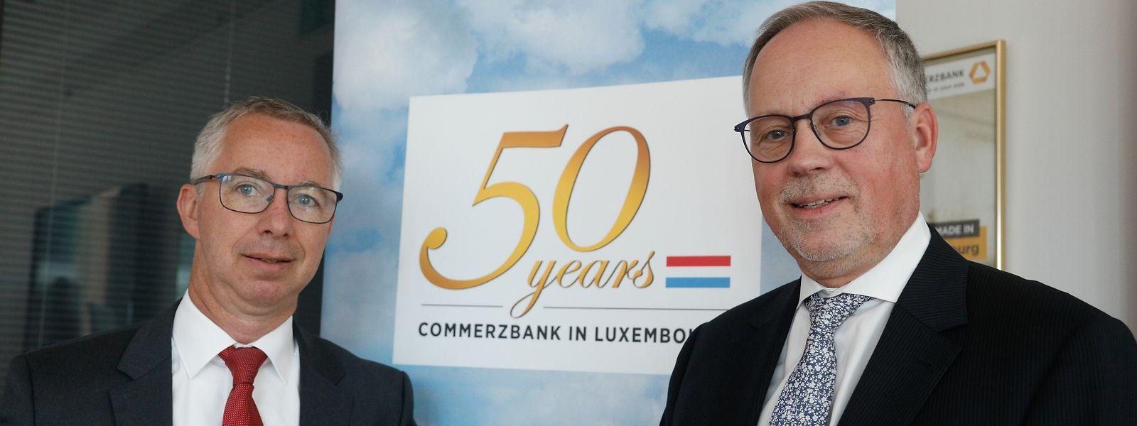 Martin Keller, Country CEO Belgien und Luxemburg, und Klaus Diederich, Chef der Commerzbank-Filiale Luxemburg (v.l.).