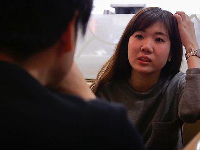 Pour la sociologue française Muriel Jolivet, spécialiste du Japon, ce service est révélateur de la difficulté croissante que rencontrent des Japonais à communiquer avec leurs proches, par peur de les ennuyer, de leur réaction.