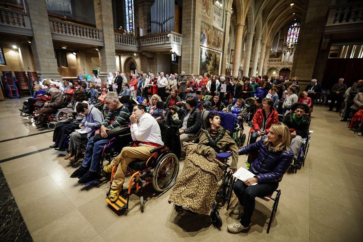 Messe für Menschen mit Behinderung.