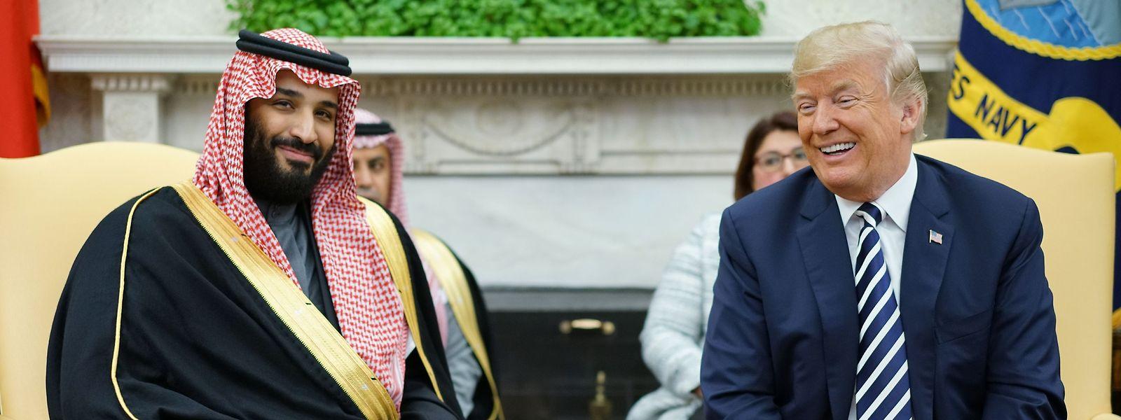 Für Donald Trump wird die innige Beziehung zum saudischen Kronprinzen zunehmend zur Belastung.