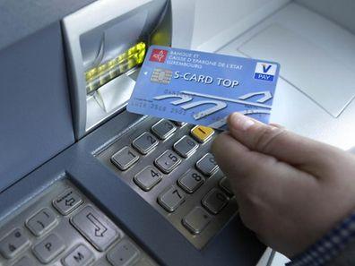 Der Bankomat ist für viele Bankkunden keine vollwertige Alternative, sagt die ULC.