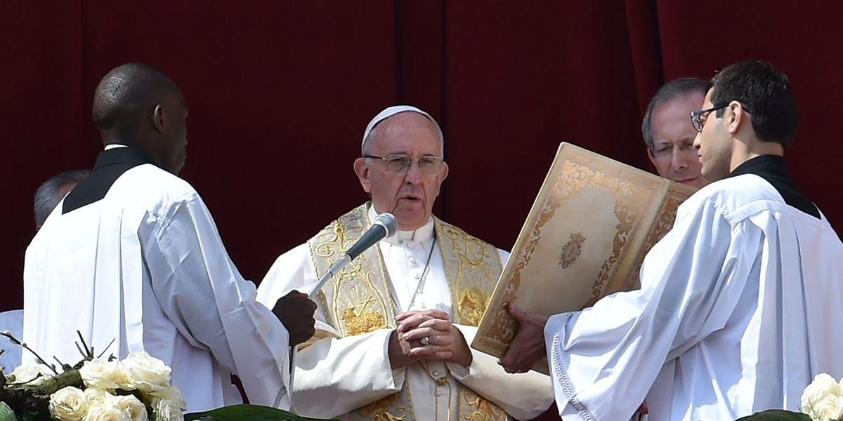 """Papst Franziskus hat am Ostersonntag den traditionellen Segen """"Urbi et Orbi"""" erteilt."""