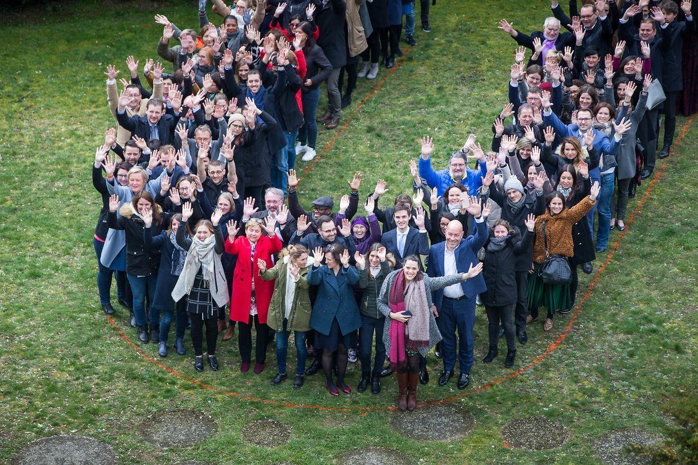 Etwa 200 Personen fanden sich am Montag auf der Place Churchhill zusammen.