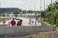 Lokales, Verkehrssituatioun im Ban de Gasperich nach Eröffnung Shoppingcenter, Foto: Lex Kleren/Luxemburger Wort
