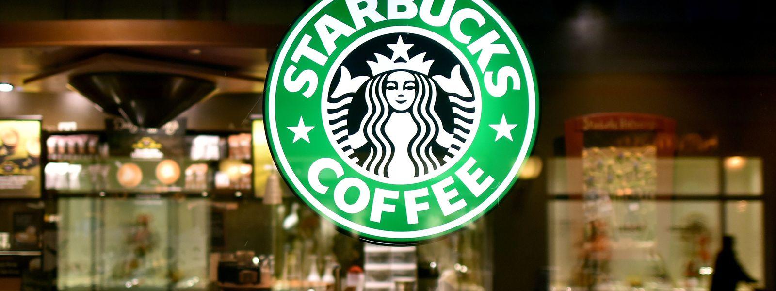 Die Kaffeehauskette Starbucks geht eine milliardenschwere Allianz mit Nestlé ein.