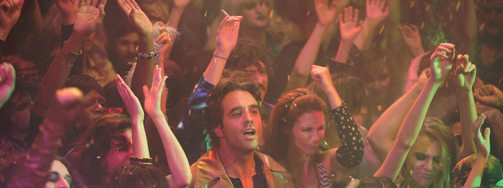 """Das Konzert der Punkband """"New York Dolls"""" wird für den Plattenboss Richie Finestra (Bobby Cannavale) zum Erweckungserlebnis."""