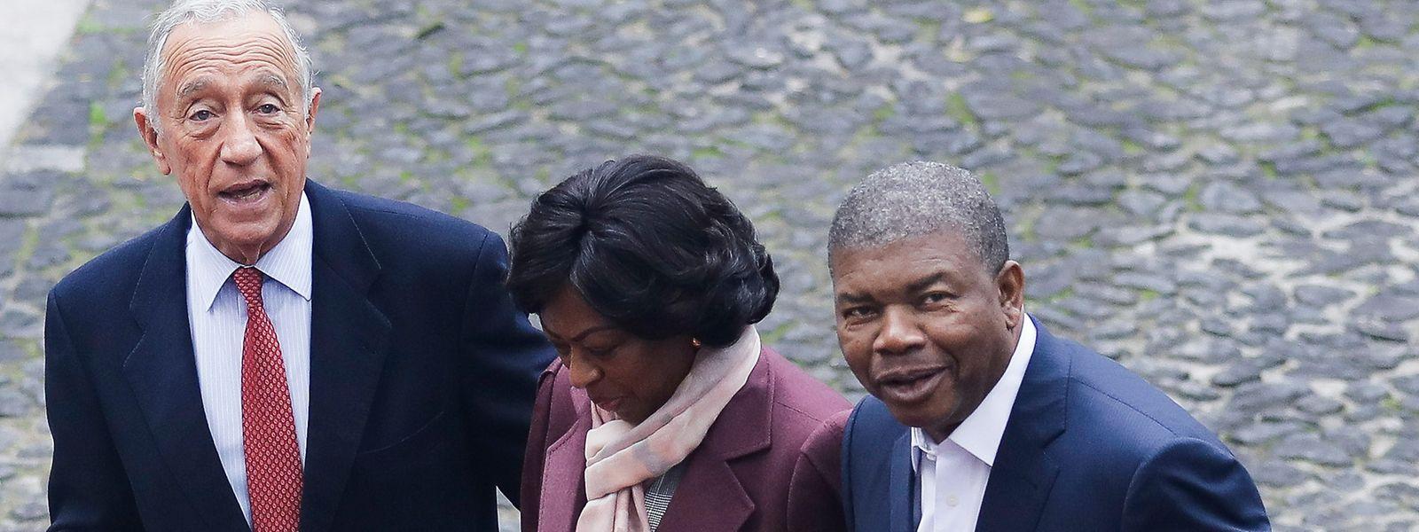 O Presidente de Angola, João Lourenço, e a mulher Ana Dias Lourenço com o Presidente Marcelo Rebelo de Sousa.