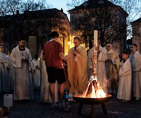 Echternach - Feier vun der Ouschternuecht